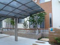 島田市 T様邸 版築土塀門柱 和モダン外構 施工写真2