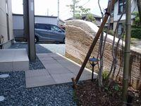 島田市 O様邸 版築土塀門柱 和モダン外構 施工写真2